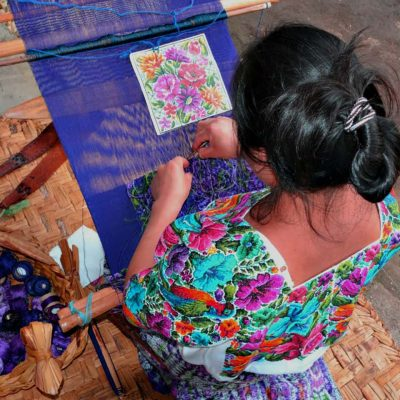 Kakchikel Women Share Guatemalan Traditions