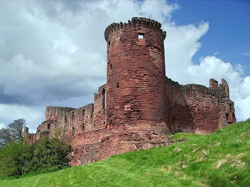 Castles in Scotland | Bothwell Castle
