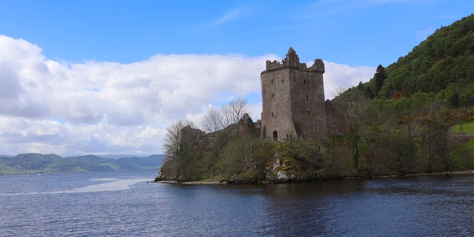 Castles in Scotland Urquhart Castle