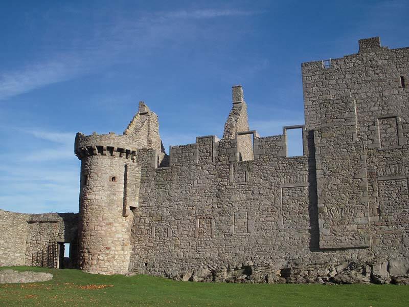 Castles in Scotland | Craigmillar Castle