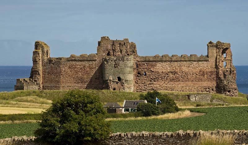 Castles in Scotland | Tantallon Castle
