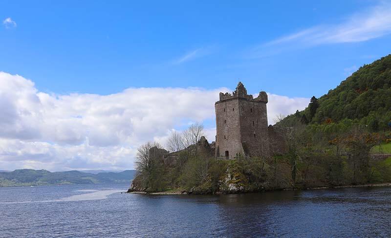 Castles in Scotland |Urquhart Castle