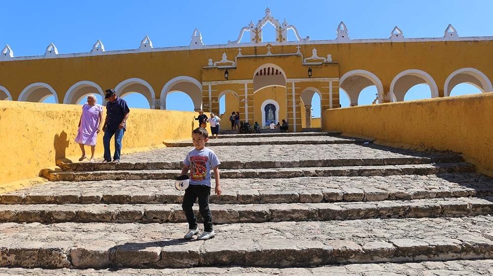The exterior of San Antonio de Padua monastery in Izamal