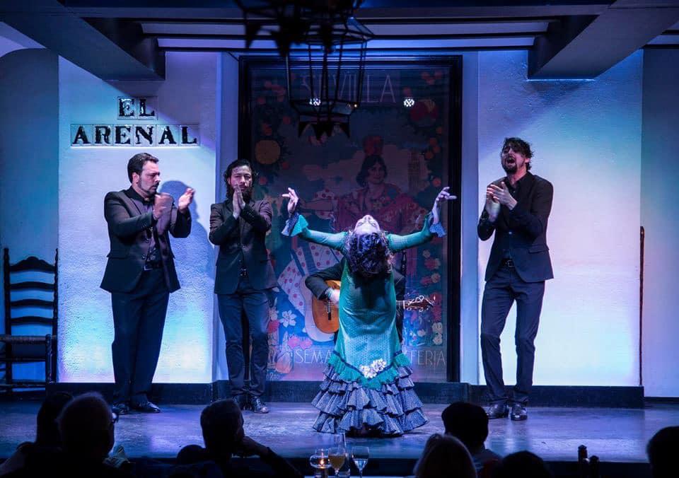 A flamenco performance at Tablao Flamenco el Arenal.