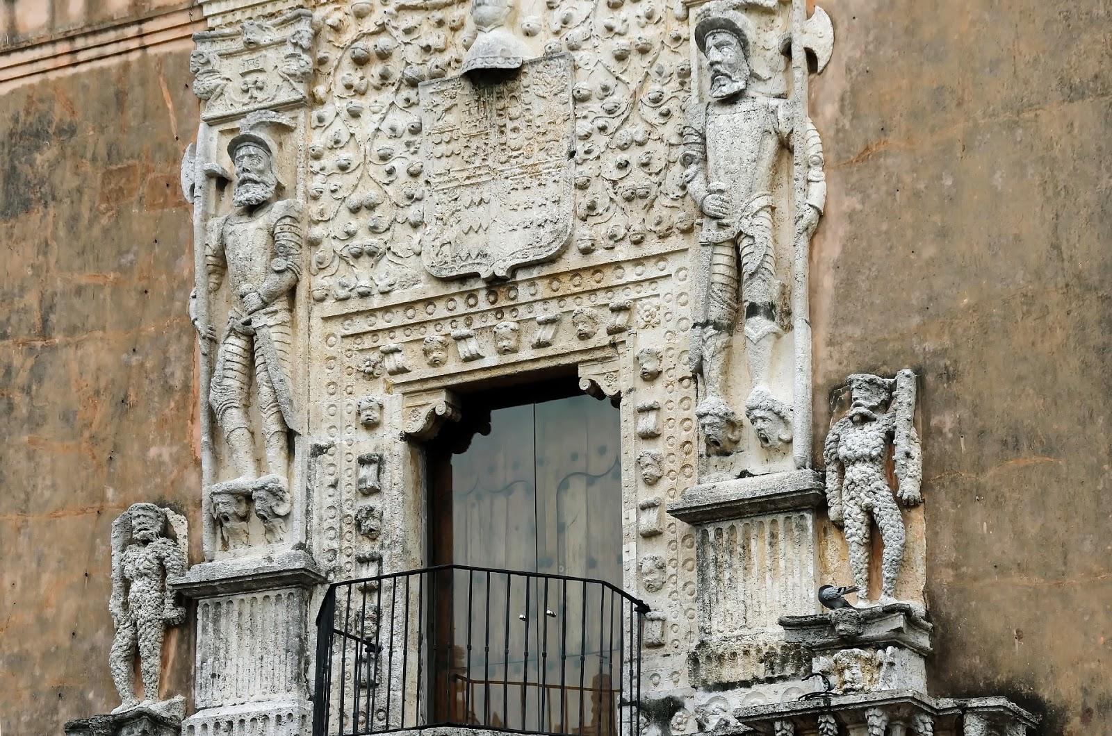 From pixabay https://pixabay.com/photos/mexico-merida-yucatan-cathedral-5055835/