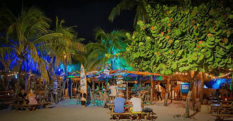 Night time beach spot in Curacao